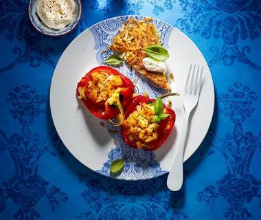 Rösti met rode ui en rozemarijn en gevulde paprika's