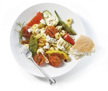 Tortellini met geroosterde groenten en roomkaas