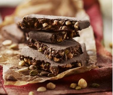 Notenpraliné met pure chocolade