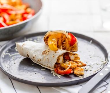 Wraps met kipfilet en paprika