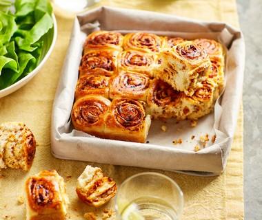 Breekbrood met grove pesto