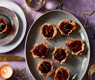 Krokant hambakje met cranberrycompote