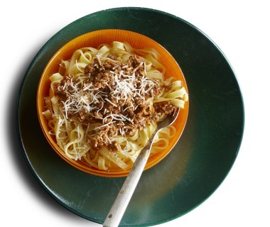 Tagliatelle met noten-tomatenpesto
