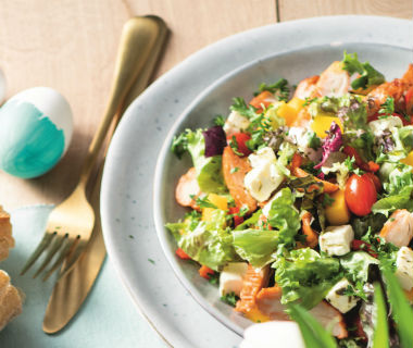 Salade gerookte kip met feta en mango