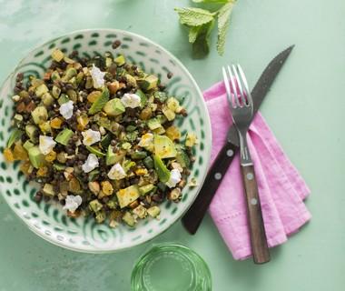 Linzensalade met avocado en muntdressing