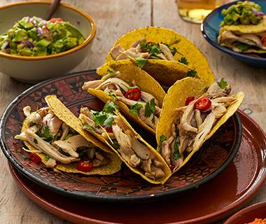 Taco's met citroenkip en koriander