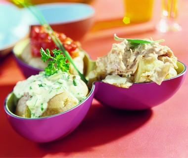 Gepofte aardappel met diverse vullingen