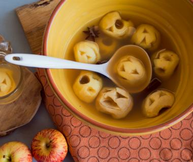 Griezelige appelpunch