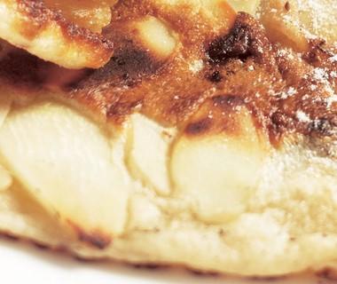 Amandelpannenkoekjes met banaan en chocolade